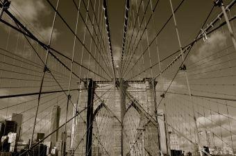 Brooklyn Bridge, b&w