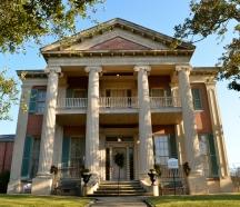 Magnolia Hall, 1858 - Natchez, MS